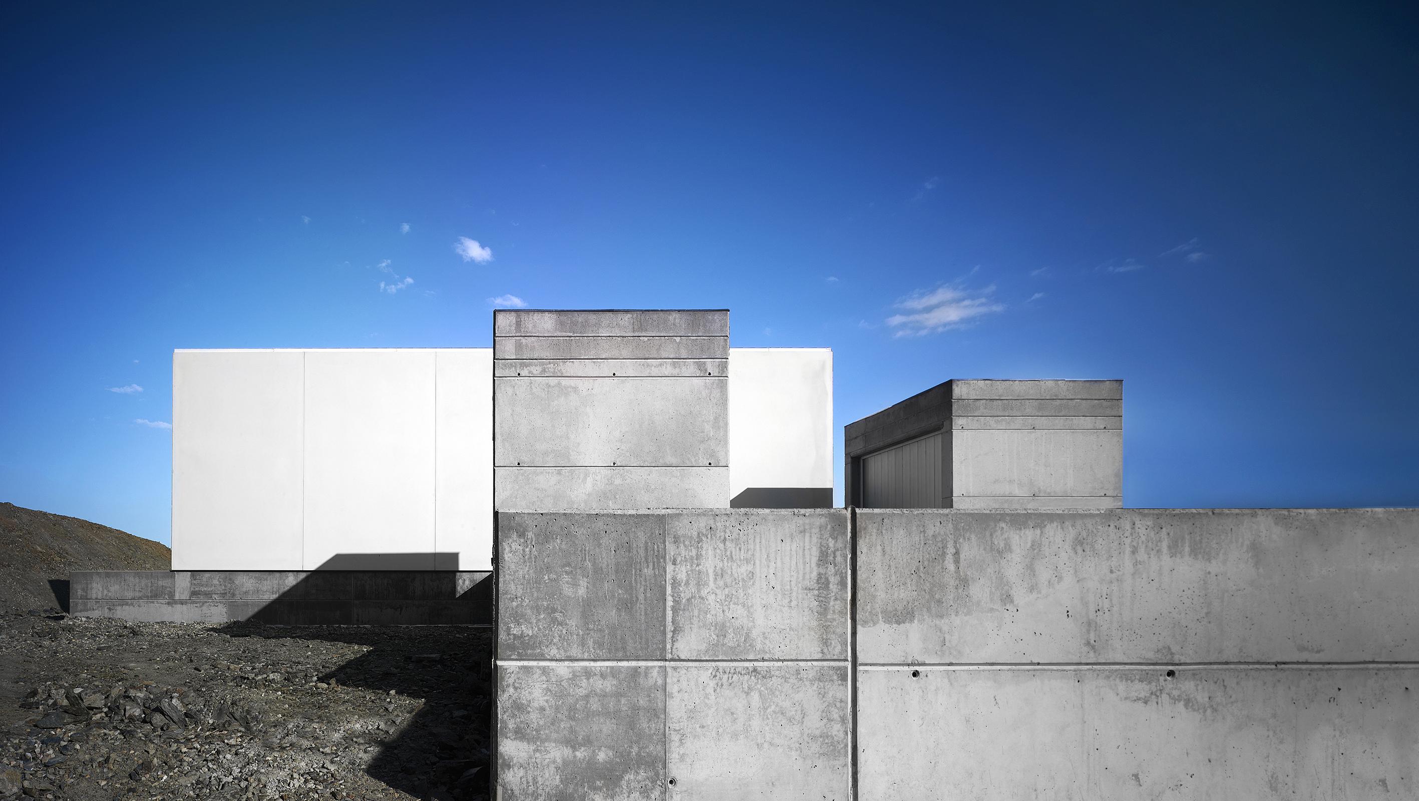 Pabellón Gimnasia Malpartida de Plasencia - LANDINEZ+REY | equipo L2G arquitectos, [eL2Gaa]