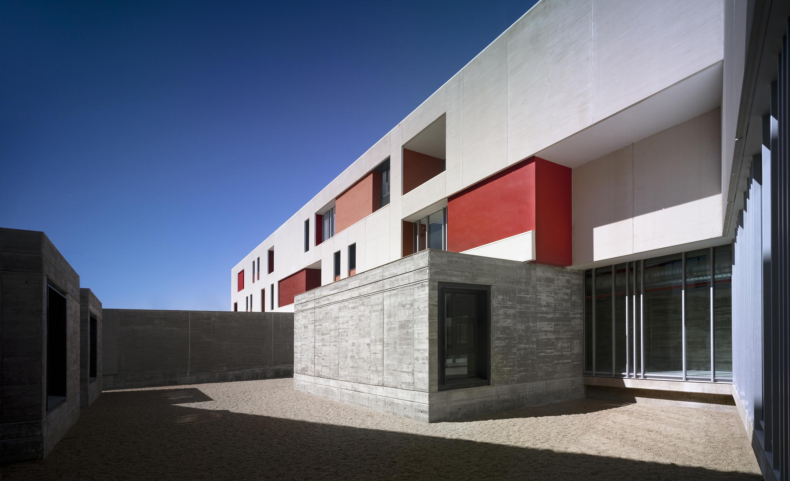 IES Coria - LANDINEZ+REY | equipo L2G arquitectos, [eL2Gaa]